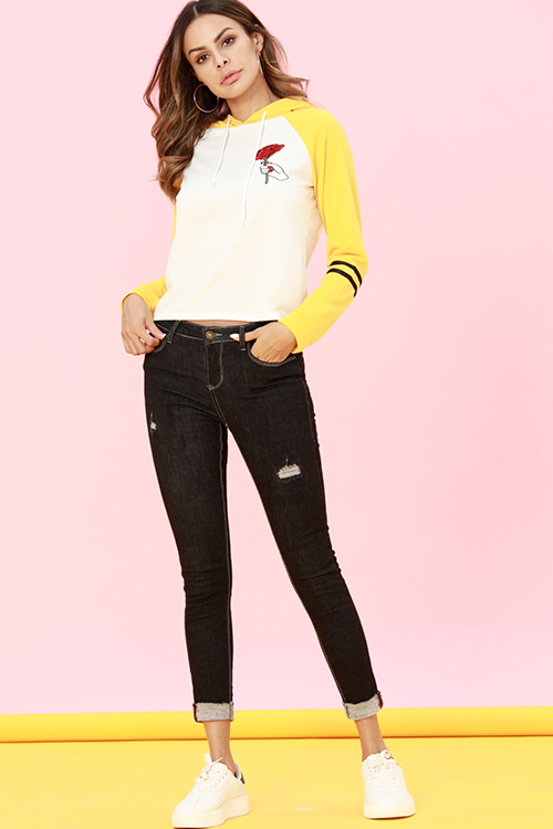 Lovely Casual Embroidery Patchwork Yellow Hoodies